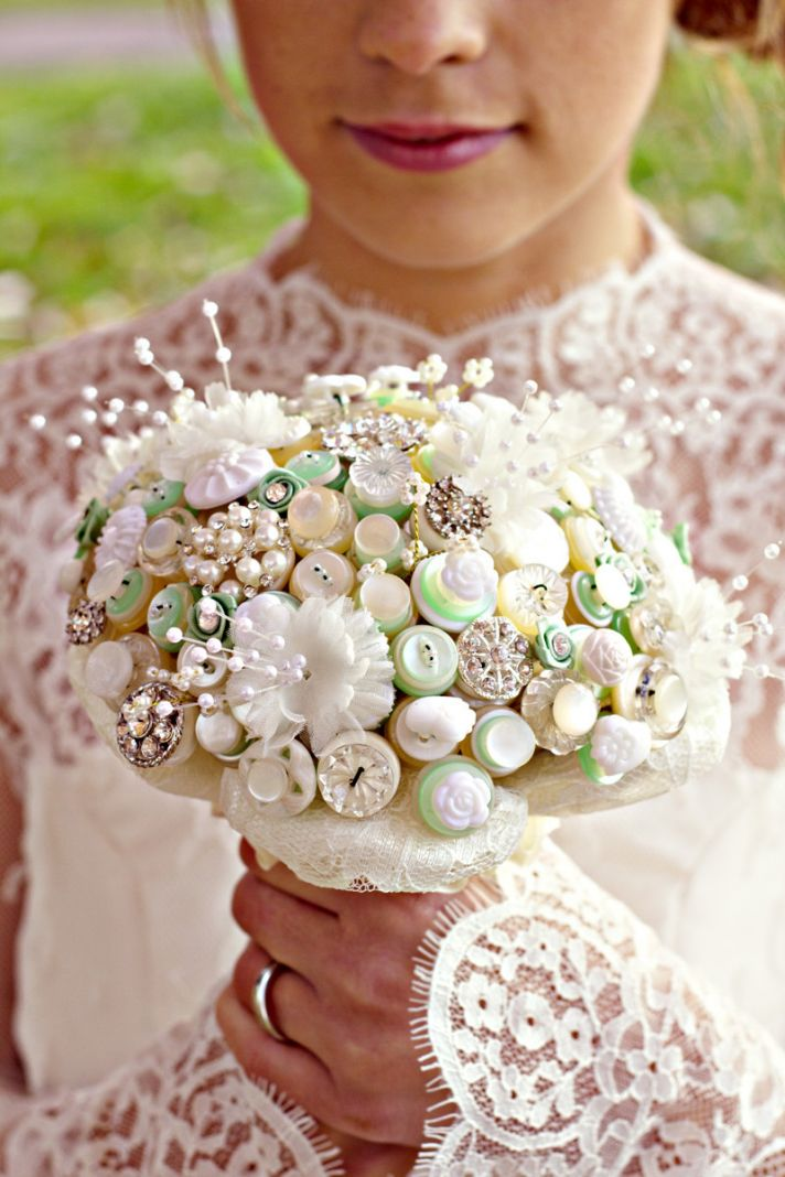 ivory-pearl-celery-wedding-bouquet-of-buttons__full