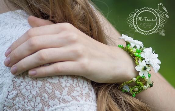 цветочная бижутерия кемерово флористика аранжировка на руку www.flofra.ru