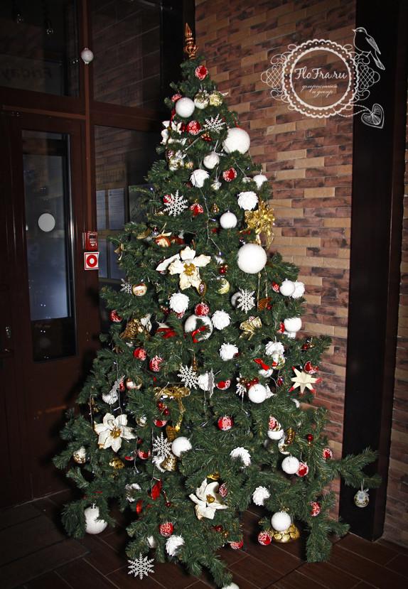 украшение новый год ресторана кафе кемерово комплексное дизайн декор флористика www.flofra.ru.jpg 13