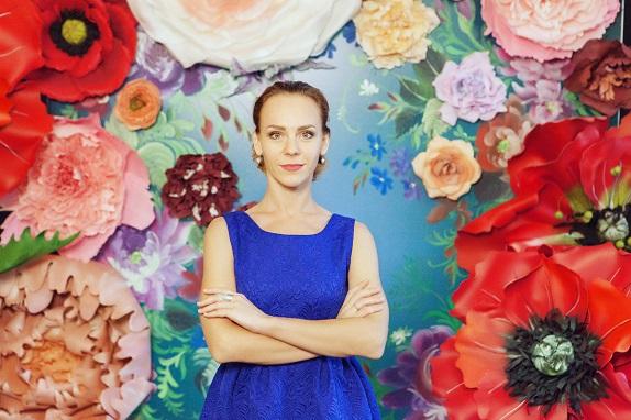 курс по гигантским цветам Кемерово витрина вадьба фотозона украшение ростовыми цветами флористика цветы www.flofra.ru 29
