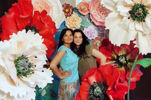 курс по гигантским цветам Кемерово витрина вадьба фотозона украшение ростовыми цветами флористика цветы www.flofra.ru 38