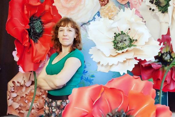 курс по гигантским цветам Кемерово витрина вадьба фотозона украшение ростовыми цветами флористика цветы www.flofra.ru 44