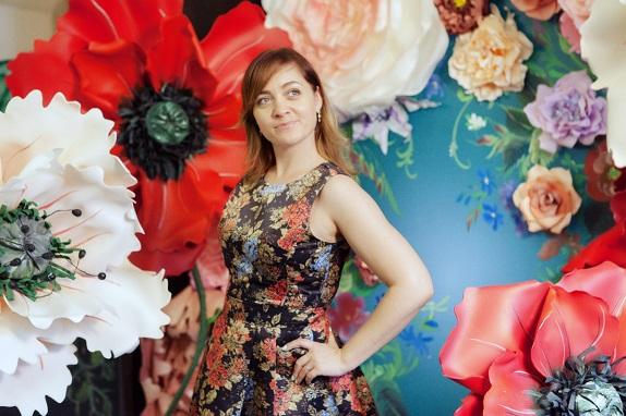 курс по гигантским цветам Кемерово витрина вадьба фотозона украшение ростовыми цветами флористика цветы www.flofra.ru 45