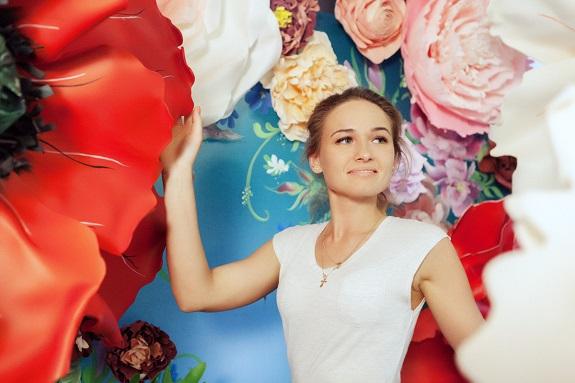 курс по гигантским цветам Кемерово витрина вадьба фотозона украшение ростовыми цветами флористика цветы www.flofra.ru 48