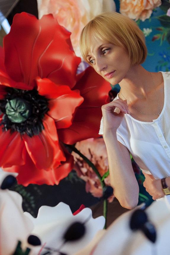 курс по гигантским цветам Кемерово витрина вадьба фотозона украшение ростовыми цветами флористика цветы www.flofra.ru 50